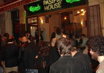 Pasific House Cafe & Bar