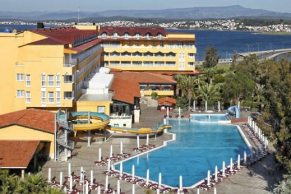 Hali� Park Otel