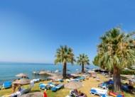 Bella Pino Beach Hotel
