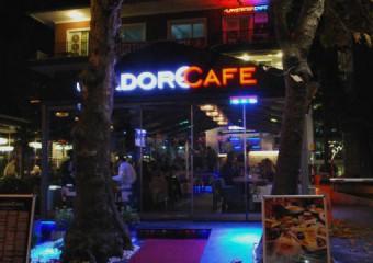 J'adore Cafe