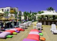 �sis Charm Beach