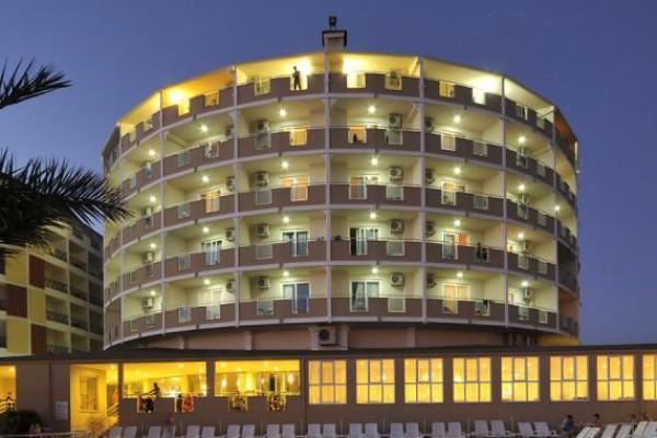 Lioness Hotel