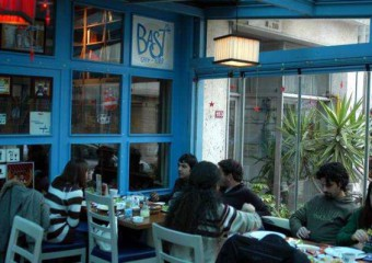 Bast Cafe-Kitap