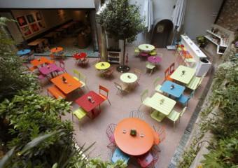 Dada Restaurant & Cafe & Bar