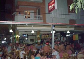 Ja Ja Bistro & Cafe