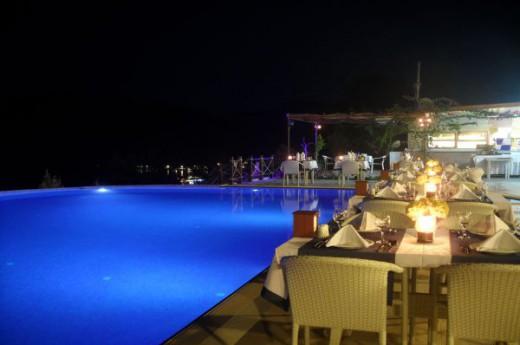 Loca Hotel