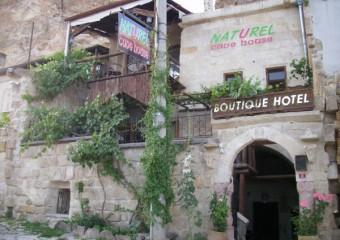 Naturels Cave House Hotel