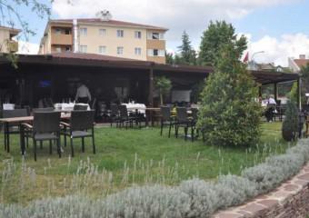 Tarihi Park Adana Kebap��s�