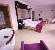 East Suite Hotel