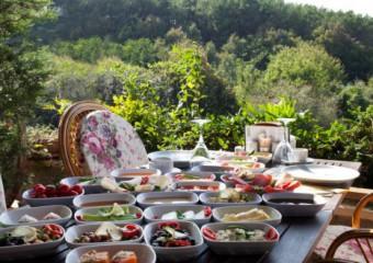 Ta�l�han Restaurant
