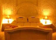 Lalezar Hotel