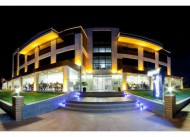 Kadh�rga Hotel