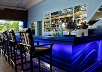 Bleu Lounge & Grill