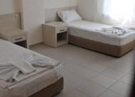 White & Blue Apart Hotel
