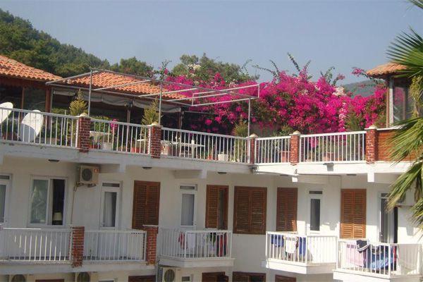 Akdeniz Hotel Ekincik