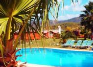 Adrenalin Village de havuz