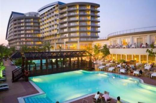Lara Beach Otel
