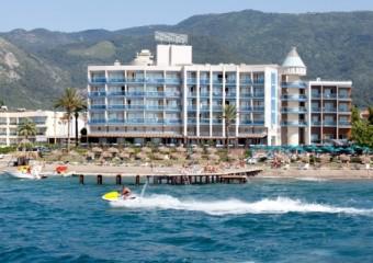 Hotel Faustina Ku�adas�