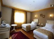 Maywood Hotel