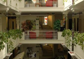 CY �nn Hotel
