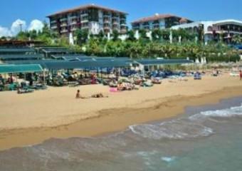 Club Side Coast Hotel
