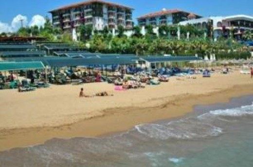 Club Side Coast Hotel