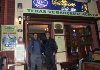 G���m Cafe & Bar