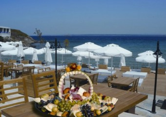 Pelagos Beach & Restaurant