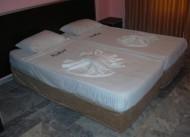 Day� Diamond Suite Hotel