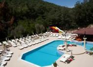 Hotel Pine Valley