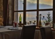 La Casa Hotel / ��ra Restaurant