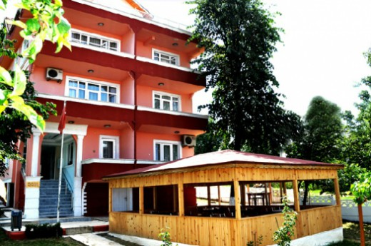 Sakl�bah�e Hostel Mimoza