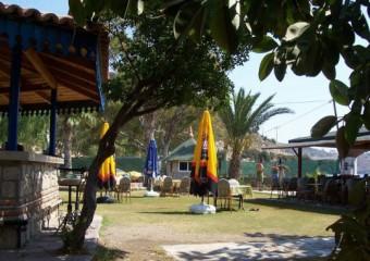 Ye�im Beach & Restaurant
