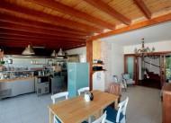 Oturma alan� ve mutfak
