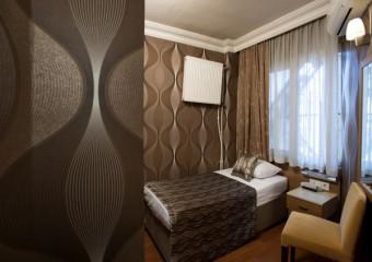 Blanche City Hotel