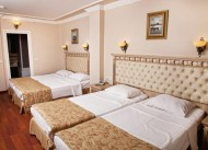 �stanbul Holiday Hotel