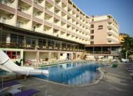 �deal Beach Hotel