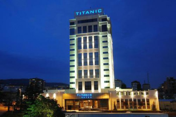 Titanic Business Hotel