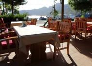 Captain's Table & Restaurant