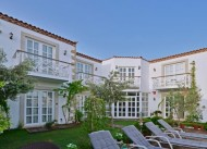 Bay C Hotel