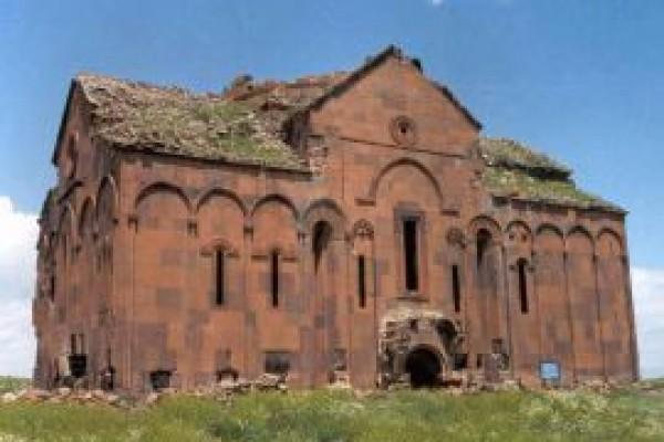 Kars B�y�k Katedral