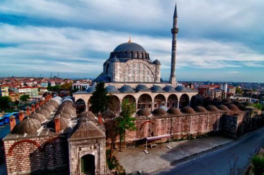 Edirnekap� Mihrimah Sultan Camii