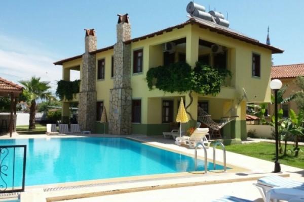 Villa Manzara & Adilan Apart