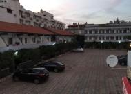 Karaka� Motel
