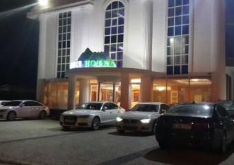 Onis Hotel