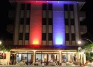 Hotel �zay