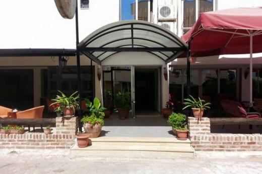 Kalifhan Otel