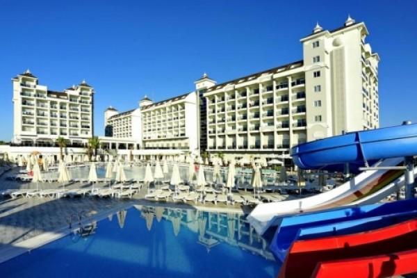 Lake & River Side Hotel
