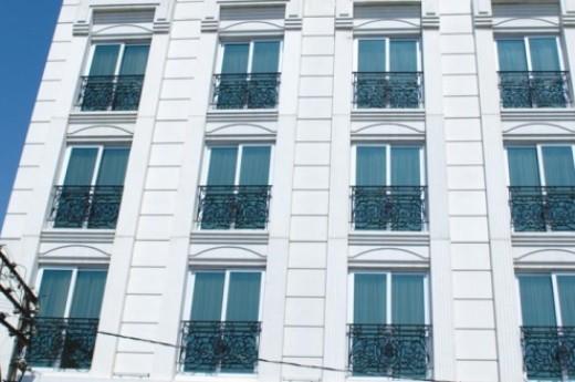 Bayaz�t Hotel