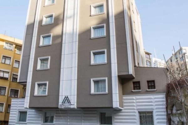 Mile Hotel Ni�anta��